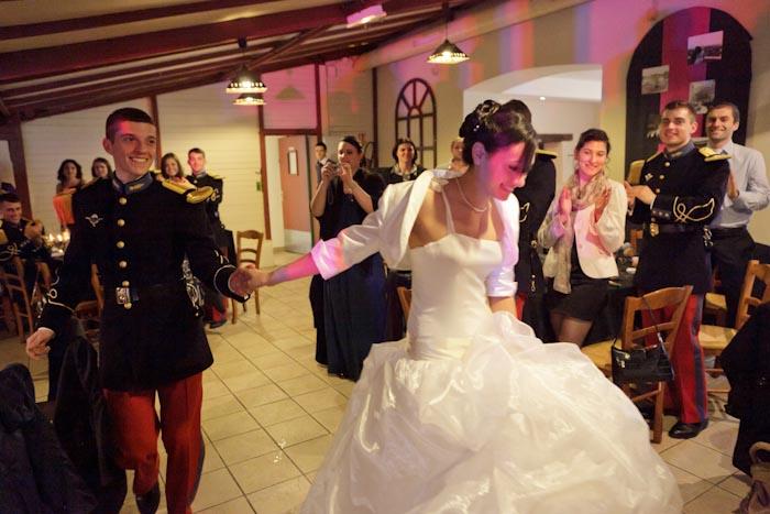 mariage soirée diner entrée des mariés
