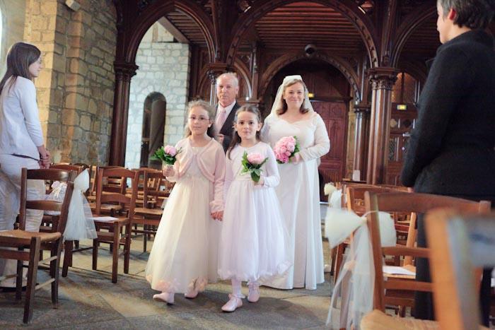 mariage rennes entrée de la mariée dans l'église